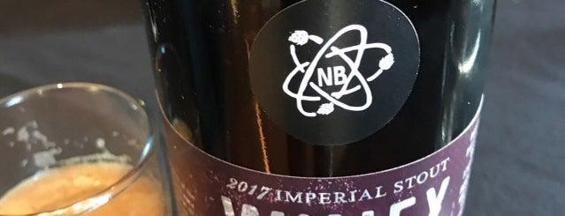 Ale Wine & Spirits is one of Lugares favoritos de Mark.