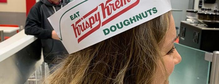 Krispy Kreme Doughnuts is one of Dana : понравившиеся места.