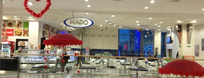 MADO Cafe is one of Tempat yang Disimpan Silvina.