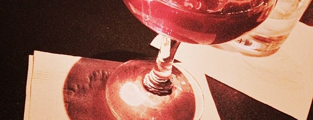 Pegu Club is one of NYC date night bars.