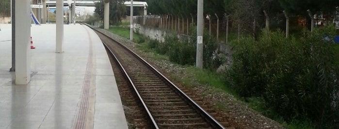 Havalimanı Tren / İzban İstasyonu is one of Lieux qui ont plu à 🌜🌟hakan🌟🌛.