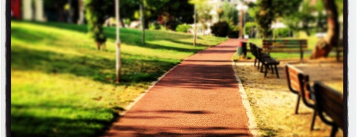 Mikis Theodorakis Park is one of สถานที่ที่บันทึกไว้ของ Emre.