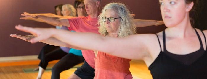 Prana Yoga Center is one of Lugares favoritos de Ross.