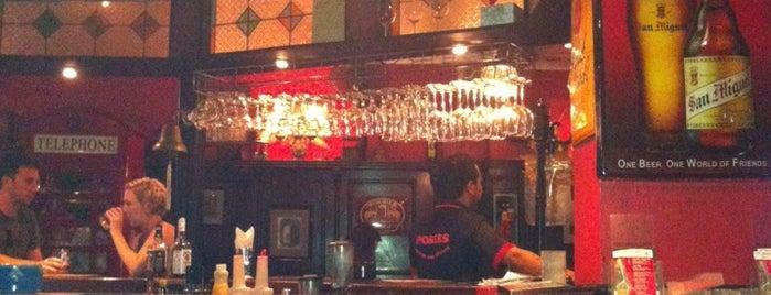 Posers International Pub & Restaurant is one of Игорь 님이 저장한 장소.