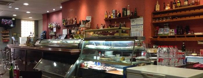 Cafeteria Nuevo Oslo is one of สถานที่ที่ Miguel ถูกใจ.