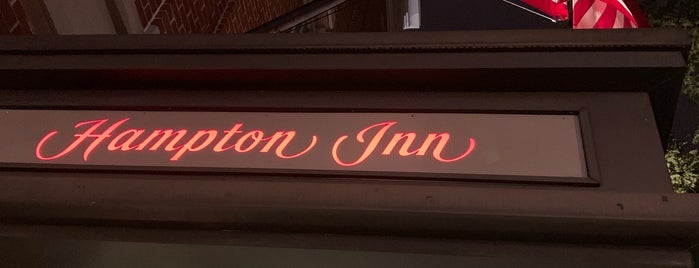 Hampton Inn by Hilton is one of Diana'nın Beğendiği Mekanlar.