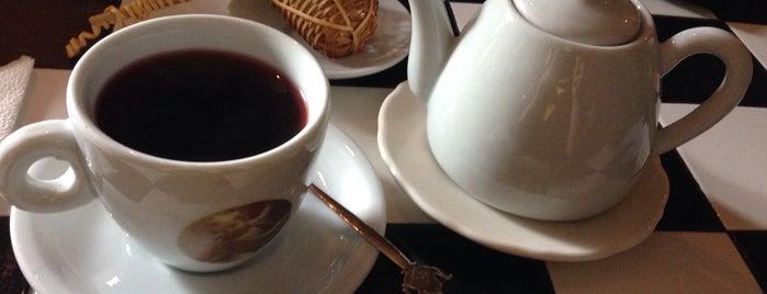 Frau Bondan Cafe is one of Minas Gerais.