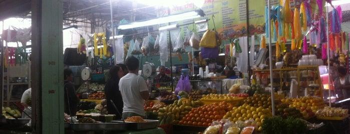 Mercado de la Estrella is one of Lugares favoritos de Daniel.