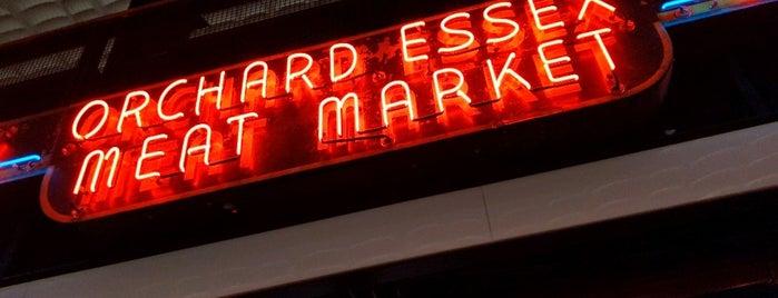 Essex Market is one of Orte, die Sara gefallen.