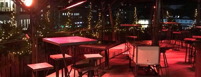 felix Restaurant & Bar is one of Orte, die Michael gefallen.