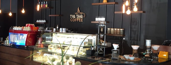 Tiq Taq Coffee is one of Tempat yang Disukai Mehmet Ali.