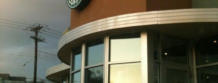 Starbucks is one of William'ın Beğendiği Mekanlar.