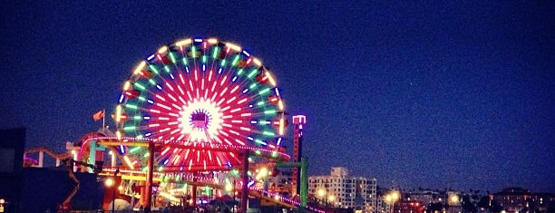 Santa Monica Pier is one of SoCal!.