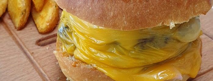 Burger&Burrito is one of สถานที่ที่ Seyhan ถูกใจ.