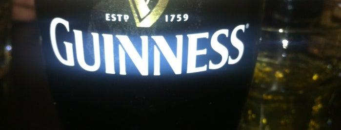 Guinness Pub is one of Orte, die Anar gefallen.