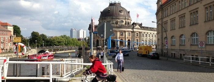 Isola dei Musei is one of Ich bin ein Berliner.
