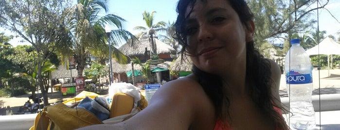 Puerto Escondido is one of Soy bien fucking Fan!!.
