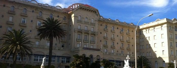 Argentino Hotel is one of สถานที่ที่ Agustin ถูกใจ.
