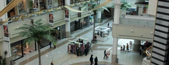 Al Wahda Mall is one of Relax in Abu Dhabi.