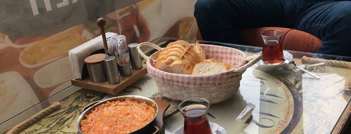 Merdane Cafe & Pastane is one of Tempat yang Disukai Yılmaz.