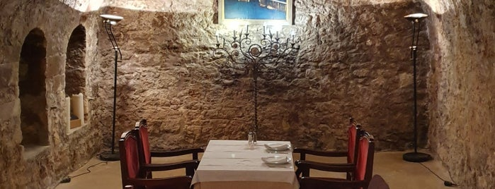 Taverna Larentzo is one of Crete.