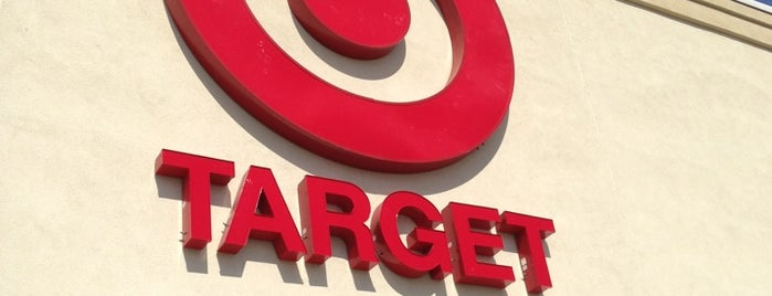 Target is one of Lugares favoritos de Annette.