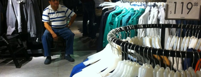Pull & Bear is one of DF 😝.