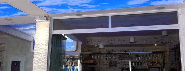 Bianco Cafe is one of Nargile Izmir.