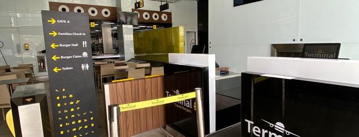 Terminal Burger is one of Queen'in Kaydettiği Mekanlar.