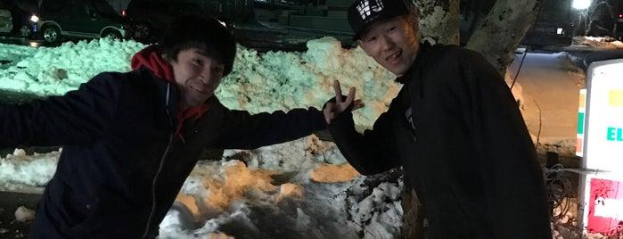 セブンイレブン 山中湖旭ヶ丘店 is one of モリチャンさんのお気に入りスポット.
