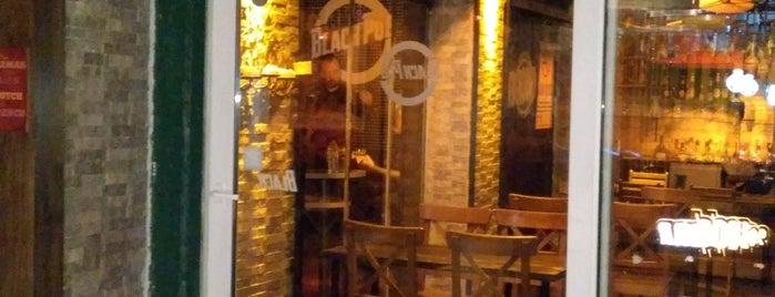 Black Pub is one of Ankara.