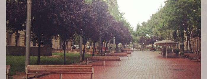 Avinguda de Mistral is one of Sitios por los que estar en Barcelona.