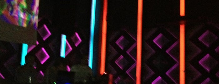 The Castro Club is one of Electro & House music at Rosario.