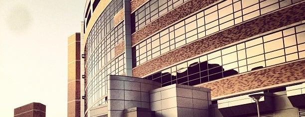 Texas Health Presbyterian Hospital Dallas is one of Lugares guardados de Kat.