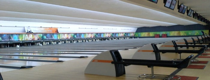 Jaya Ancol Bowling Centre is one of Enjoy Jakarta 2012 #4sqCities.