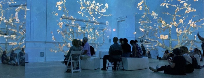 Immersive Van Gogh Exhibition is one of Donnaさんのお気に入りスポット.