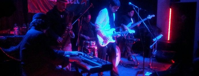 Hot Five Jazz Club & Blues Club is one of Porto.