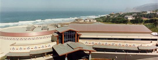 Chinook Winds Casino Resort is one of COASTAL ROAD TRIPS!.