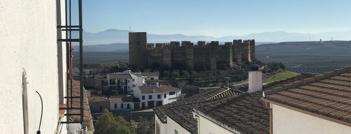 Castillo De Burgalimar is one of Lugares Míticos de Jaén.