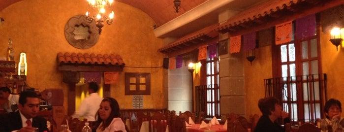 México Viejo Restaurante Bar is one of Restaurantes.