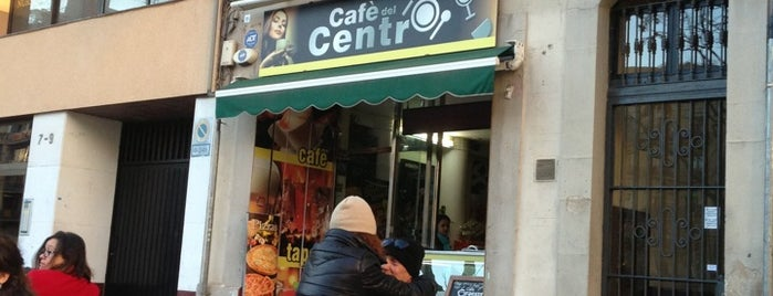 Café del Centro is one of Donde ir a comer.