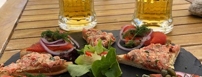 Othmar's Skihütte is one of Lista de Restaurantes (F Chandler).