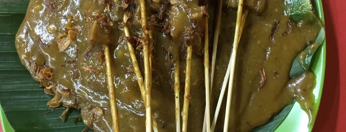 Sate Padang H. Ajo Manih is one of Rawamangun fav.Place.