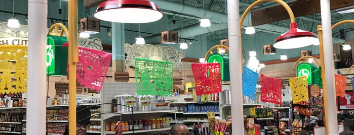 E & L Supermercado is one of Great grocers.