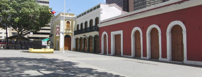 Plaza El Venezolano is one of Lugares guardados de Alcaldía.