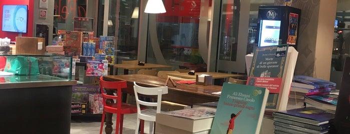 Red Cafè is one of Posti che sono piaciuti a Luca.