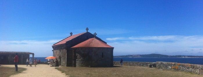 Capela da Lanzada is one of To do's Sanxenxo.