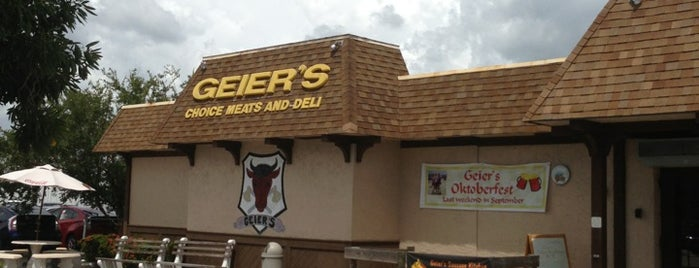 Geier's Sausage Kitchen is one of Orte, die Irene gefallen.