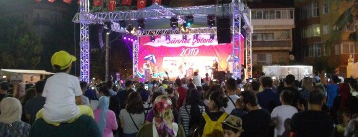 Ümraniye Belediyesi Ramazan Etkinlikleri Alanı is one of Lugares favoritos de Emin.