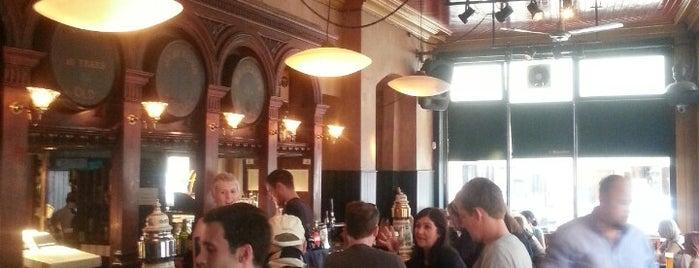 Hogan's Bar is one of Drinkin' Dublin.